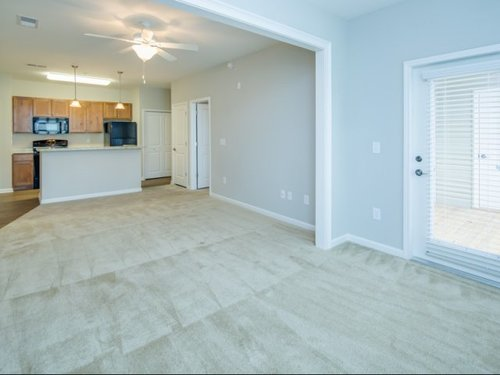 Vinings at Carolina Bays Apartments, Myrtle Beach, SC - Short Term Leases